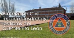 Reparto de libros del Colegio Benito León
